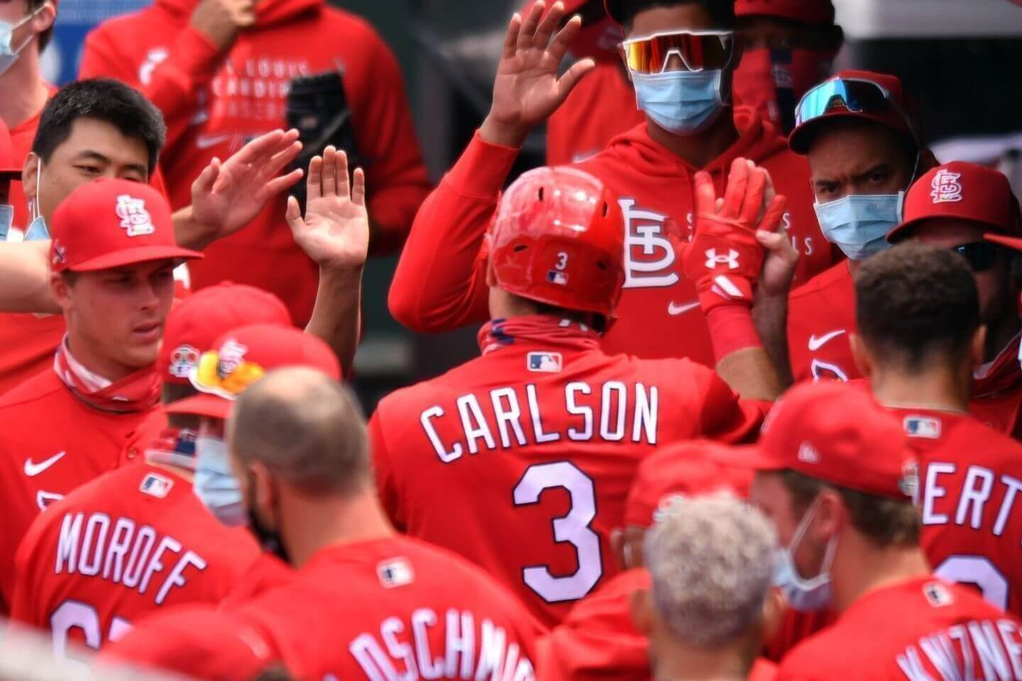 Cardinals strike for six runs in top of the first against the Reds; Nick Senzel leaves the game with an injury