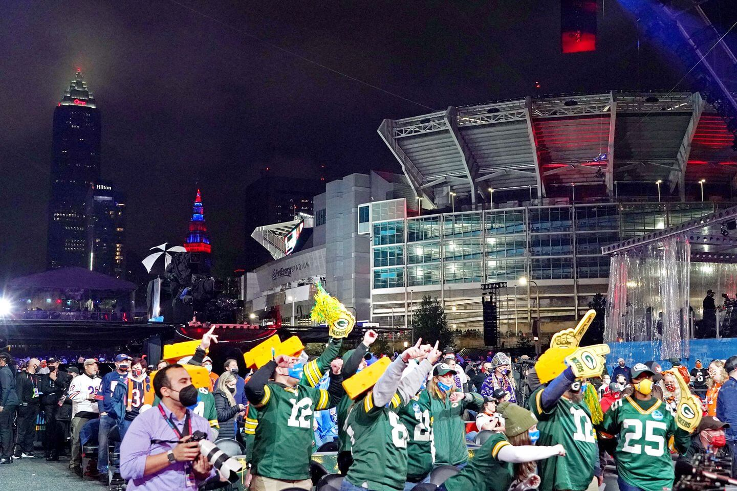 Which cities should host the NFL Draft in the coming years?