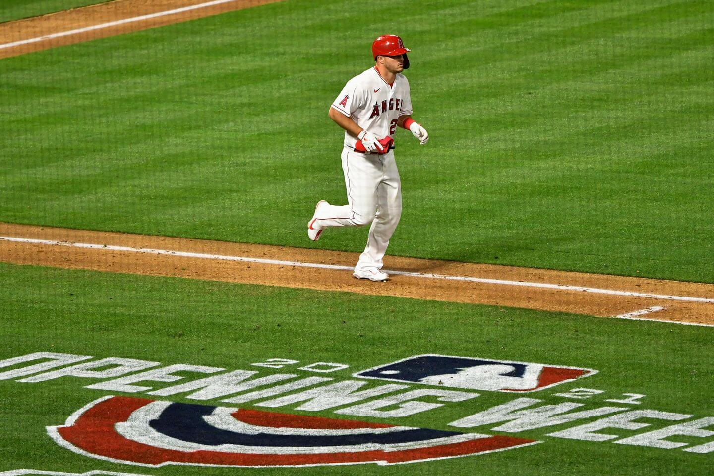 Trout, Pujols set up Angels come-from-behind victory