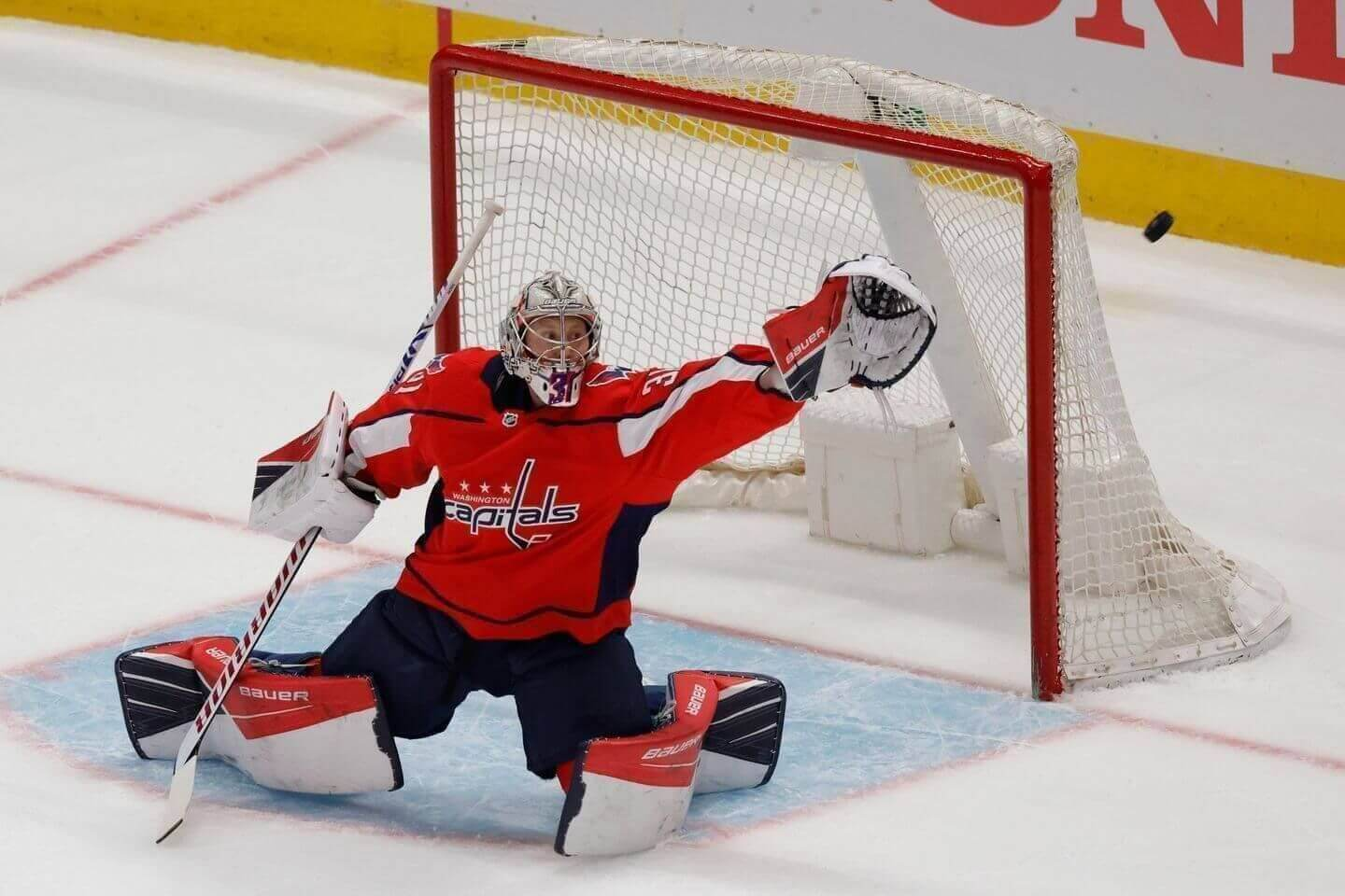 NHL Stanley Cup playoffs: Live Capitals beat Bruins in overtime, Nic Dowd scores winner, goalie Craig Anderson gets win